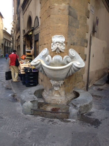 On of the most beautiful fountains designed by Buontalenti in Florence